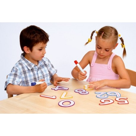 Cyfry - zabawa w pisanie